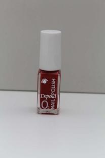 Depend O2 nagellak Rood